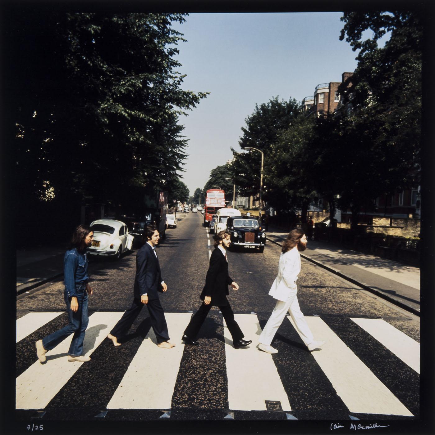 Le dessous des images les beatles sur abbey road for Beatles tattoo abbey road