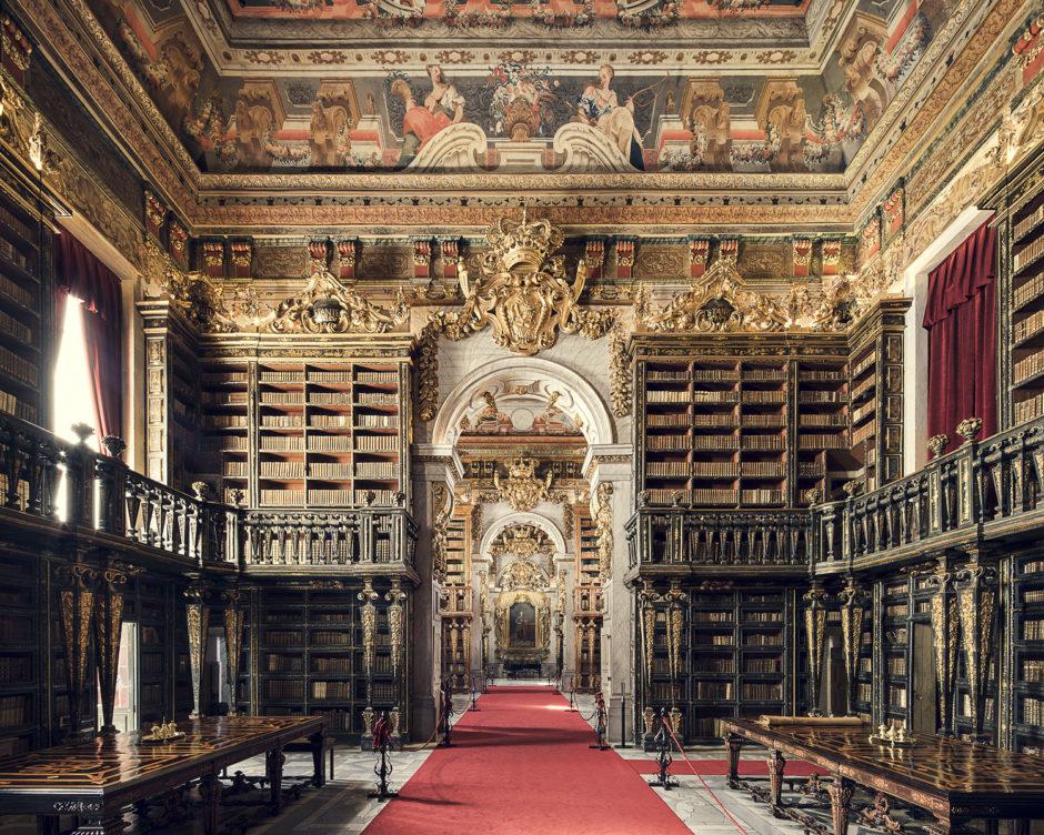 "© Thibaud Poirier - ""Libraries"" - Biblioteca Joanina, Coimbra, 1728"