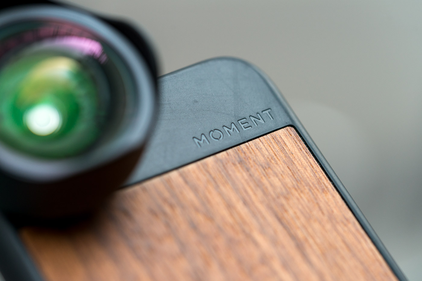 Si votre smartphone est votre seul appareil photo et que vous souhaitez  investir un minimum, les objectifs Moment sont la solution idéale pour  conserver la ... f7a0f3f29410
