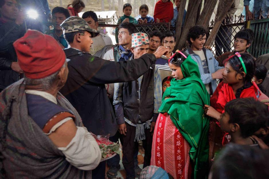 Mariage D'une Petite Fille Au Népal Stéphanie Sinclair