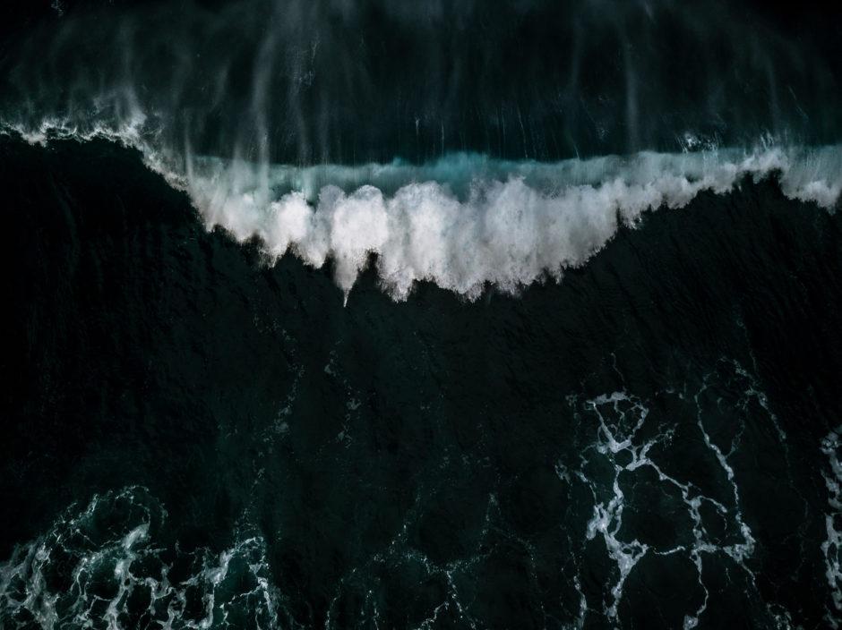 Waves © Michael Schauer