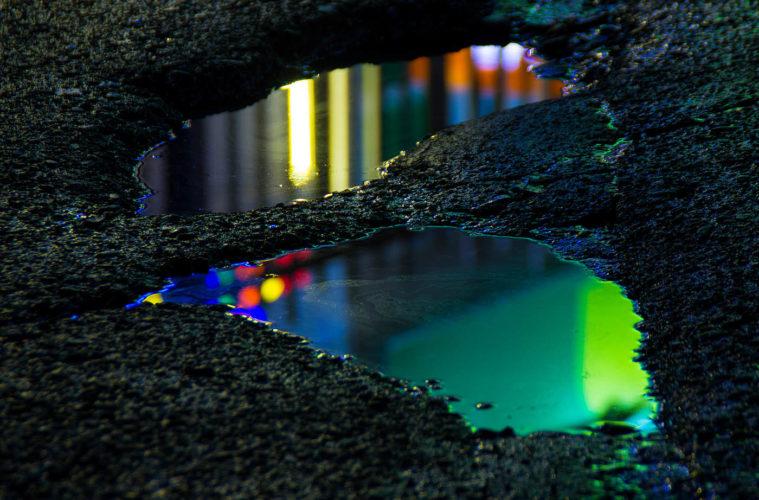 Wet Neon © Slava Semeniuta