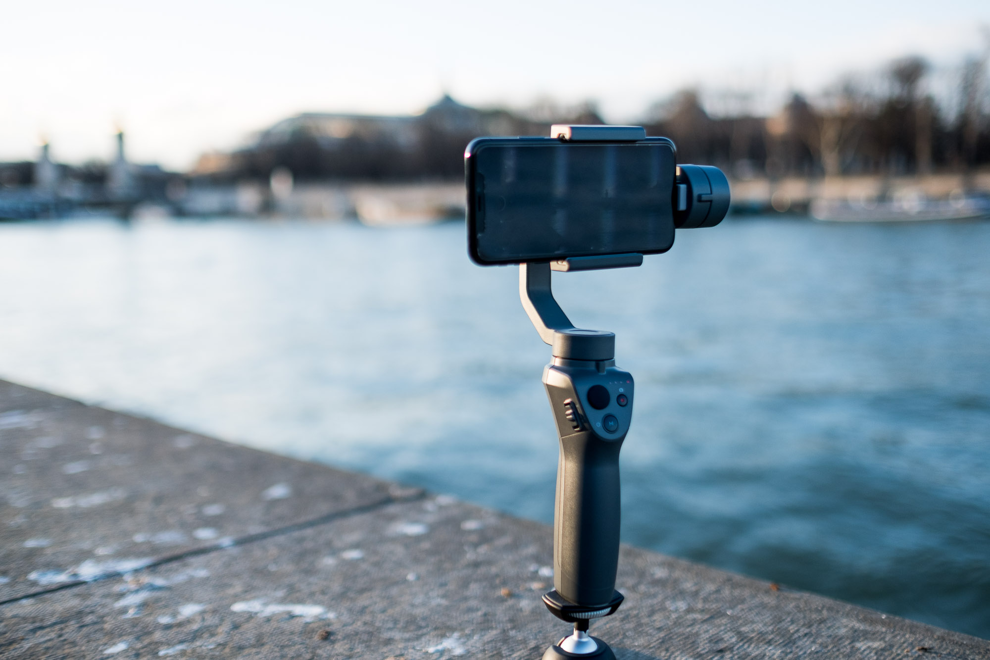 Test DJI Osmo Mobile 2, la poignée pour stabiliser vos vidéos au