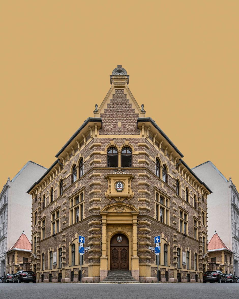 Corner Symmetry © Zsolt Hlinka
