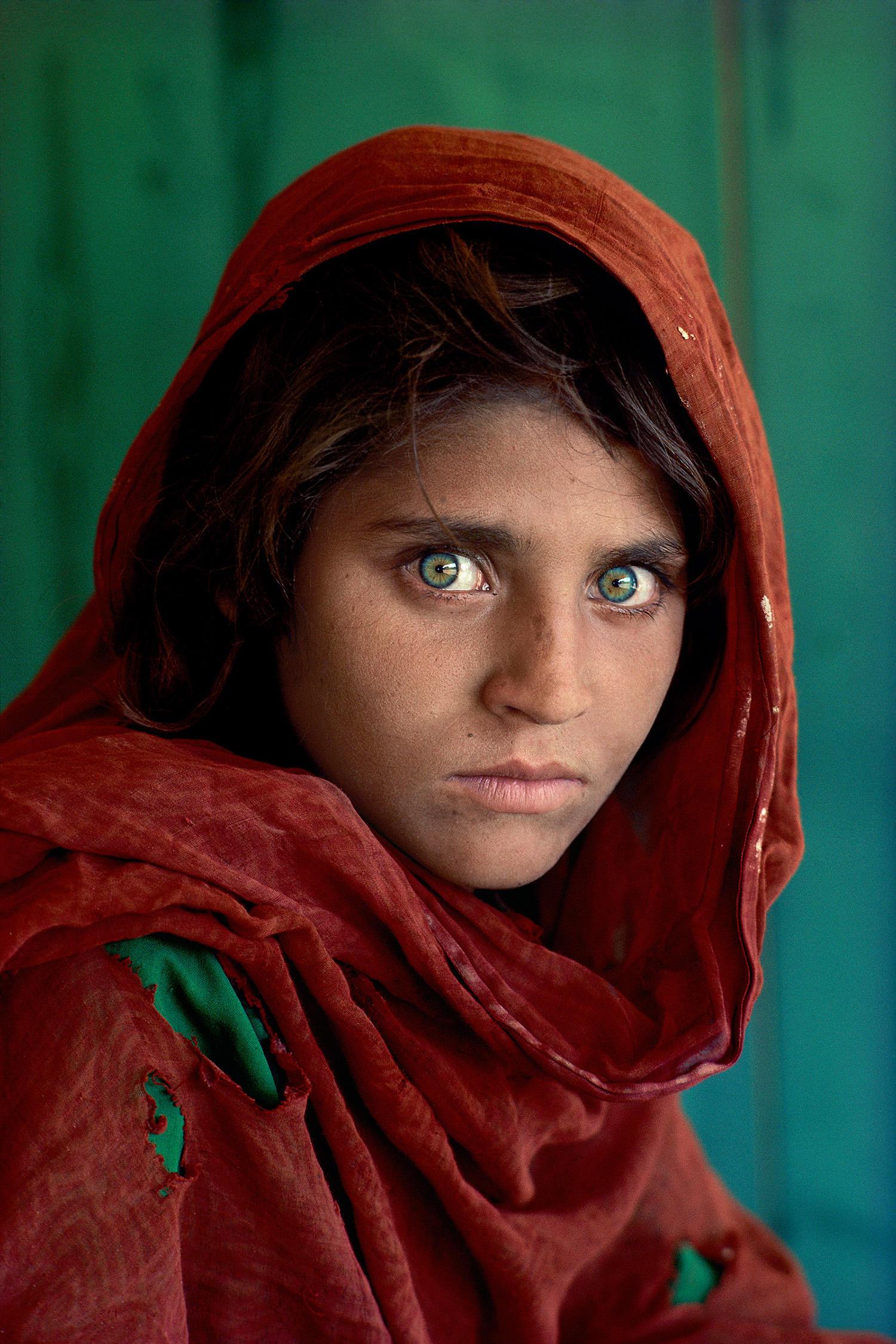 20 ans plus tard Lafghane-aux-yeux-verts-steve-mc-curry