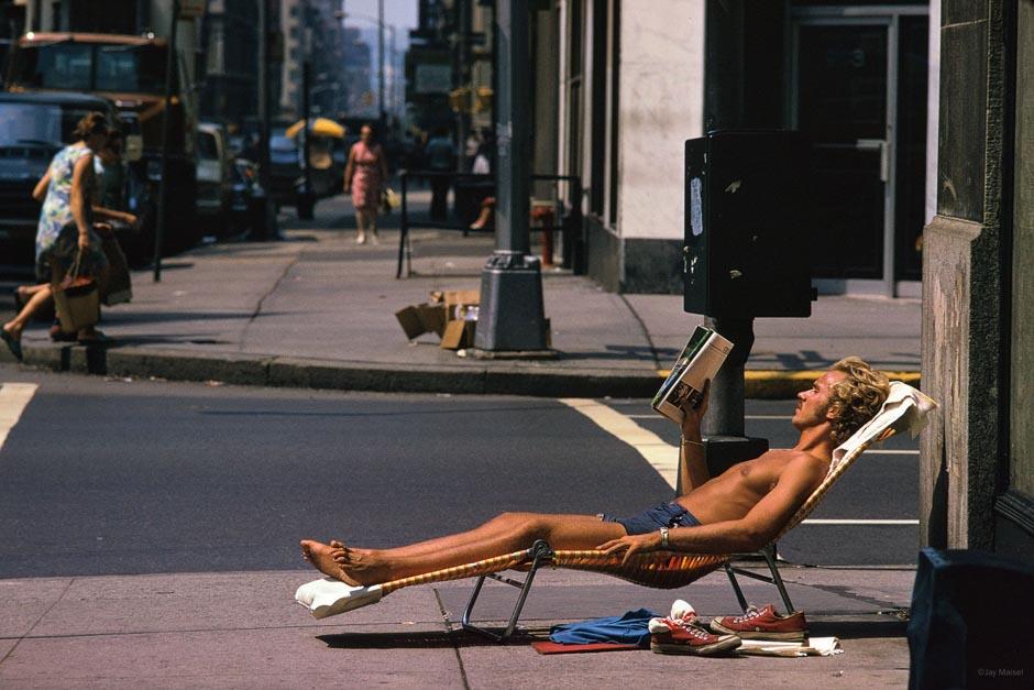 Jay Maisel : capturer ces moments insolites dans les rues de New-York