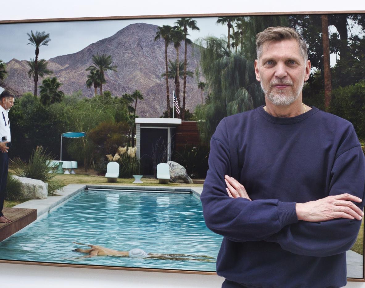 Erwin Olaf revient sur sa dernière série «Palm Springs», exposée à la galerie Rabouan Moussion