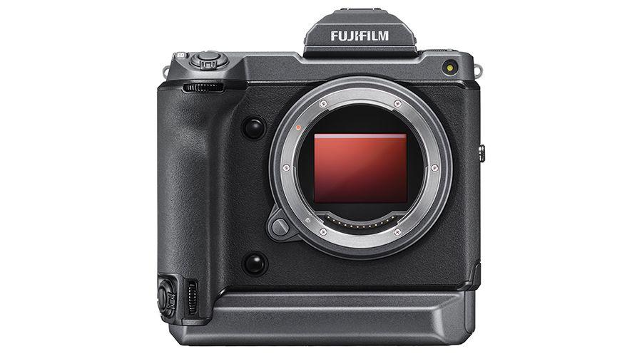 Fujifilm GFX100 : le boîtier hybride moyen-format 102 Mpx de tous les superlatifs