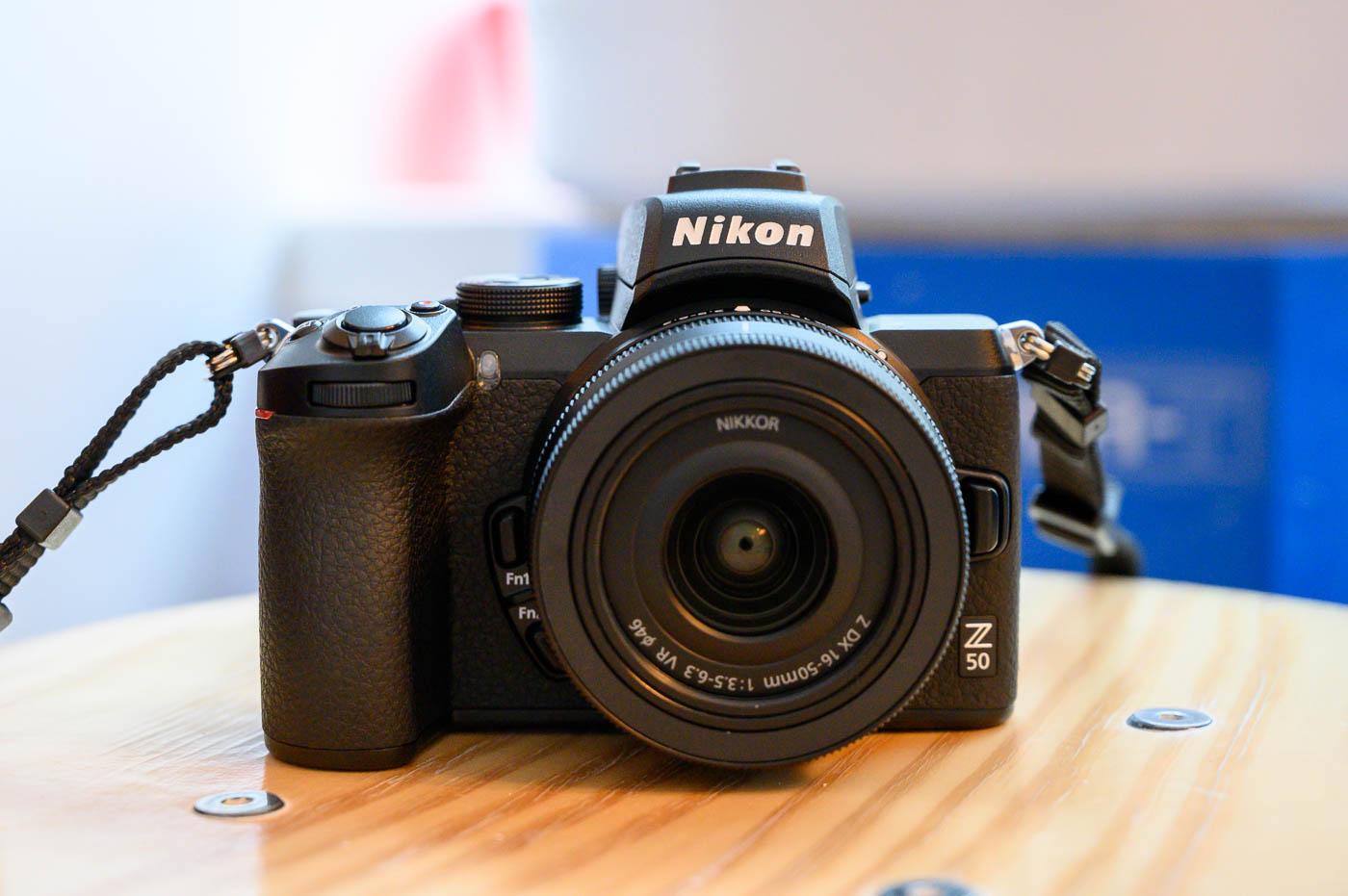Nikon dévoile le Z 50, premier hybride APS-C en monture Z + 2 objectifs NIKKOR Z DX