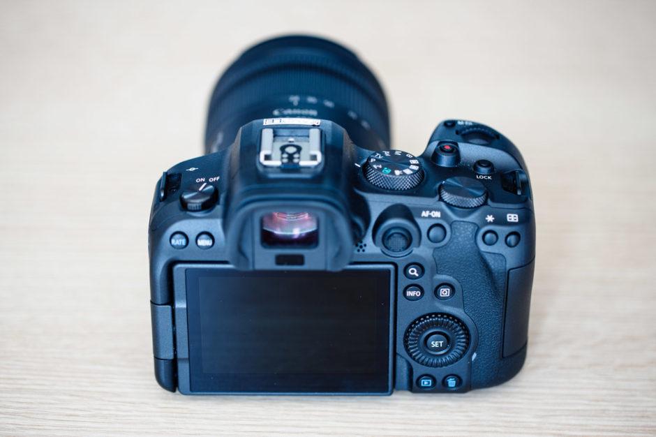 Canon EOS R5 vs EOS R6