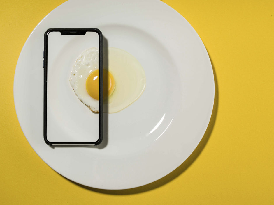 Egg Phone by David Weimann, CEWE Photo Award, Category winner Cooking & Food